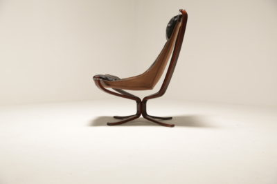 Vintage Black Leather Sigurd Resell Falcon Chair