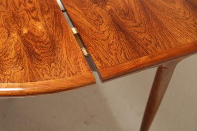 Vintage Rosewood Niels Moller Model 15 Extending Dining Table
