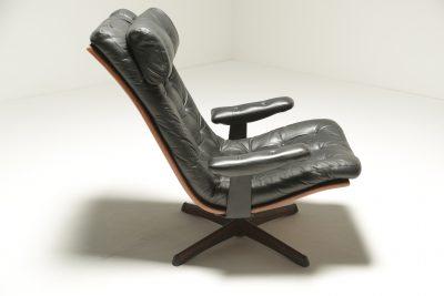 Mid-century American Walnut Swivel Chair vintage swivel chair