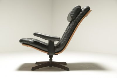 Leather Swivel Chair with Headrest by Gote Mobler