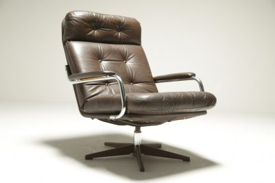 Vintage Brown Leather & Chrome Swivel Chair the vintage hub