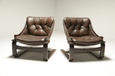 Pair of Leather Cantilever Lounge Chairs falcon style chair