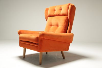 Sven Skipper Wingback Chair in Orange Velvet