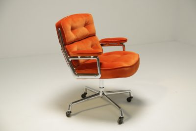 Eames Time Life Lobby Chair in Velvet charles and ray eames
