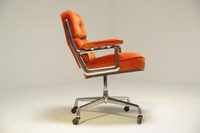 Eames Time Life Lobby Chair in Velvet the vintage hub
