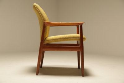 Grete Jalk Teak Chair for Glostrup Mobelfabrik Denmark