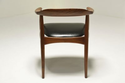 Pair of Elm Armchairs by Illum Wikkelso for Niels Eilersen