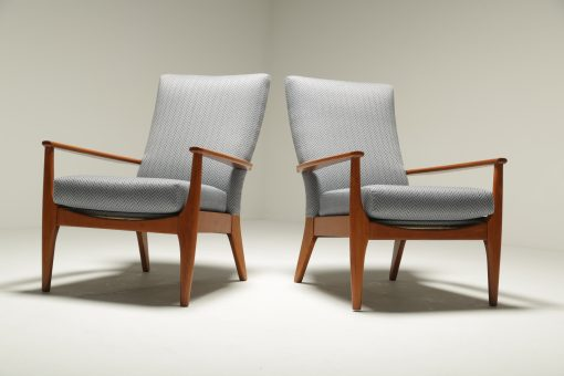 Parker Knoll Model PK 988 Chairs teak lounge chairs